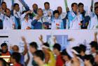香港马拉松举行 搞怪大咖参与 超7万人报名参加